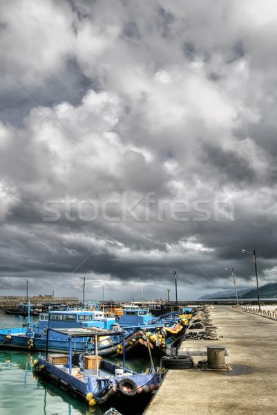Kötü hava fırtına liman balık tutma tekneler iskele Stok fotoğraf © elwynn