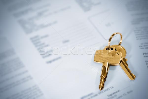 Schlüssel golden Farbe blau Papier Hintergrund Stock foto © elwynn