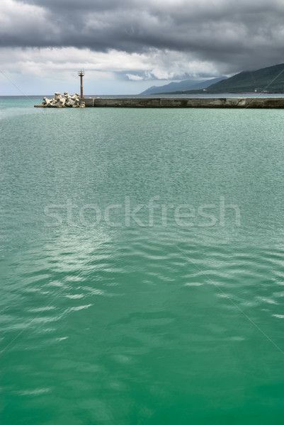 Baken slechte weer groene water oceaan strand Stockfoto © elwynn