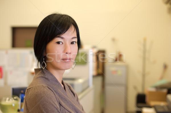 Stock fotó: érett · üzletasszony · ázsiai · közelkép · portré · iroda