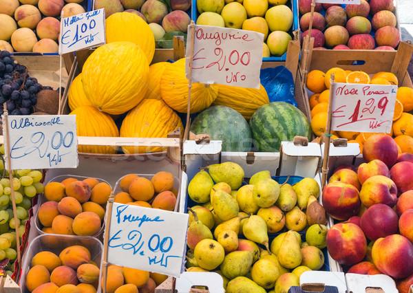 Variedad frutas mercado agua fondo naranja Foto stock © elxeneize