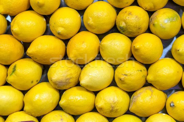 Taze limon satış pazar Madrid İspanya Stok fotoğraf © elxeneize