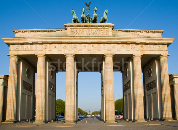 Brandenburger Tor in Berlin Stock photo © elxeneize