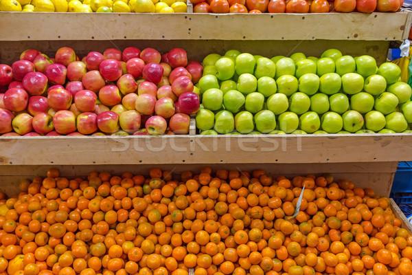 Almák vásár piac Chile gyümölcs egészség Stock fotó © elxeneize