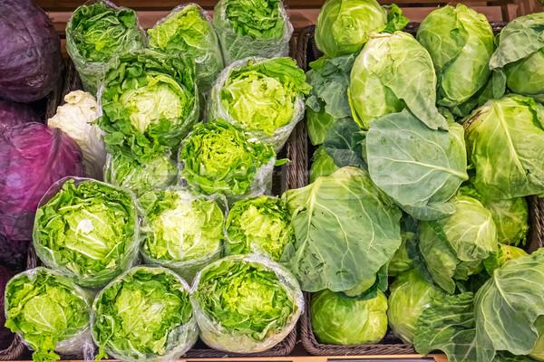 Салат капуста продажи рынке продовольствие здоровья Сток-фото © elxeneize
