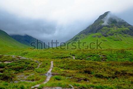 Slechte weer regenachtig dag landschap schoonheid reizen Stockfoto © elxeneize
