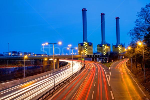 Centrale électrique autoroute Berlin lumière trafic rue Photo stock © elxeneize