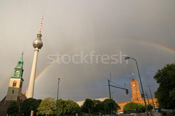 Szivárvány Berlin zivatar égbolt város nap Stock fotó © elxeneize