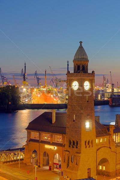 Porto amburgo view tramonto acqua strada Foto d'archivio © elxeneize