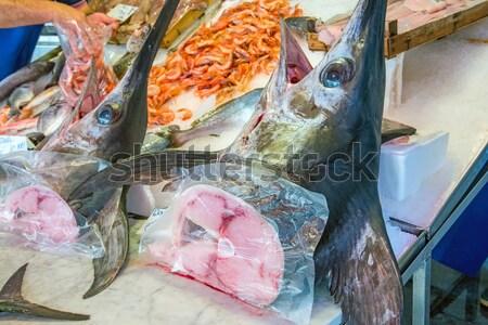 Vers zwaardvis verkoop markt vis zee Stockfoto © elxeneize