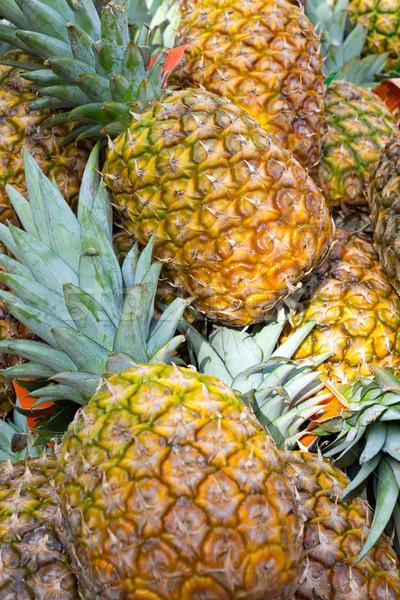 свежие еженедельно фрукты рынке здоровья лет Сток-фото © elxeneize