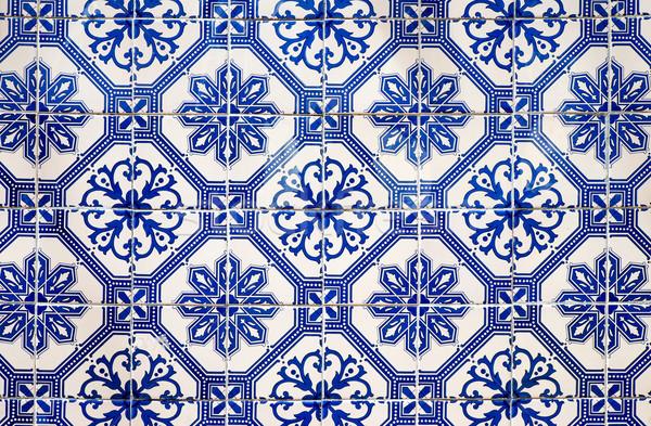 Traditionell portuguese tiles Stock photo © elxeneize
