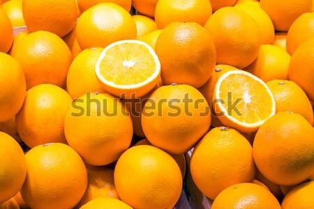 Friss narancsok vásár piac levél gyümölcs Stock fotó © elxeneize