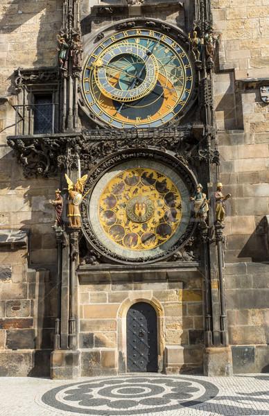 Csillagászati óra részlet híres Prága építészet Stock fotó © elxeneize