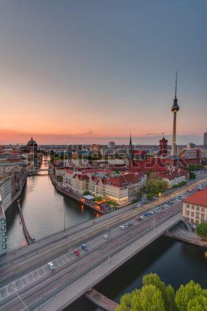 夜明け タウン ベルリン 有名な テレビ 塔 ストックフォト © elxeneize