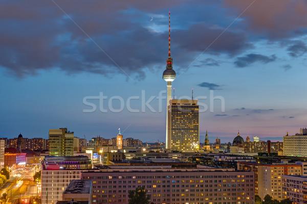 телевидение башни центра Берлин сумерки известный Сток-фото © elxeneize