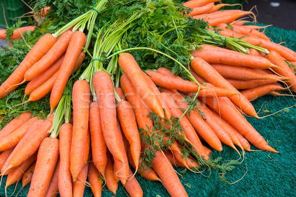 Köteg répák vásár piac háttér zöld Stock fotó © elxeneize
