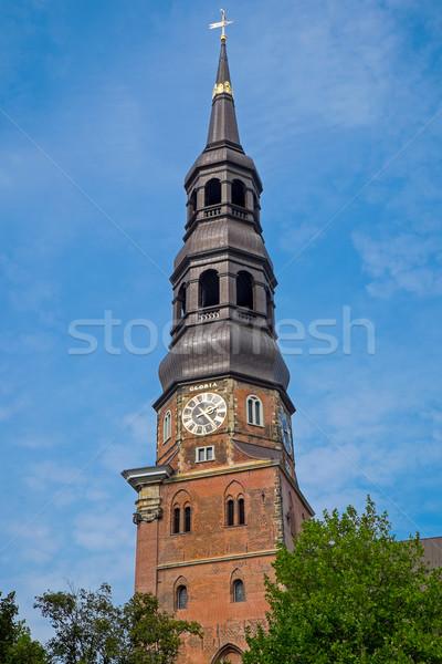 Chiesa amburgo torre Germania cielo costruzione Foto d'archivio © elxeneize