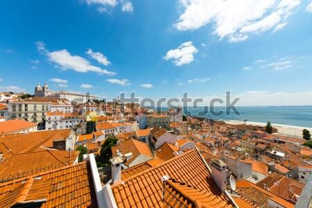 Velho trimestre Lisboa ver rua verão Foto stock © elxeneize
