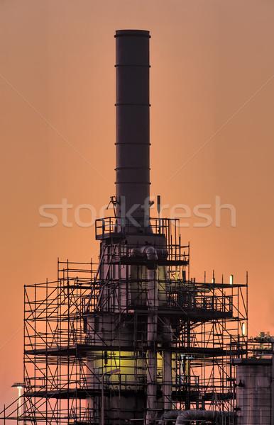 Przemysłowych komin wcześnie rano utrzymanie naprawy piękna Zdjęcia stock © emiddelkoop