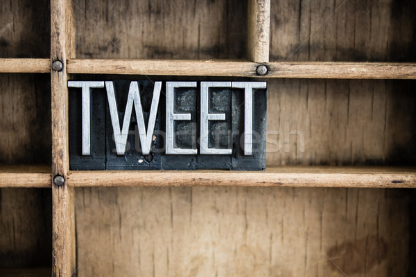 Tweet métal mot tiroir écrit Photo stock © enterlinedesign