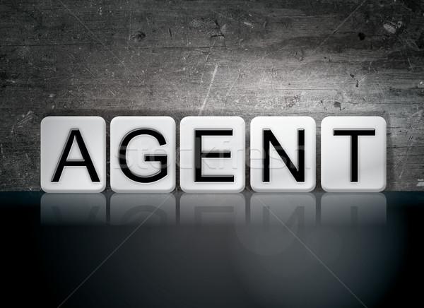 Agente azulejos palavra escrito branco azulejos Foto stock © enterlinedesign