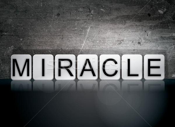 Miracle carrelage lettres mot écrit blanche Photo stock © enterlinedesign