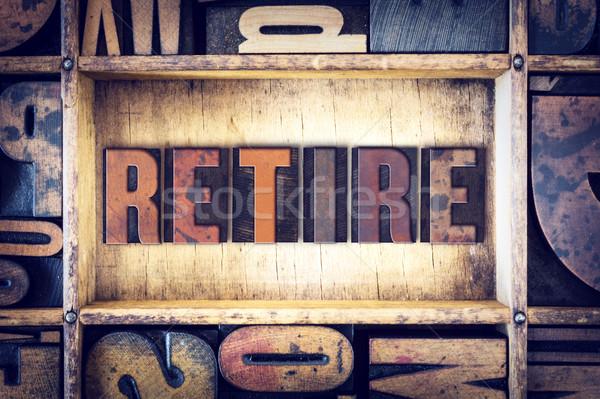 Andare in pensione tipo parola scritto vintage Foto d'archivio © enterlinedesign