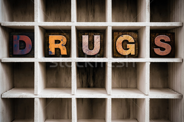 Drugs houten type trekken woord Stockfoto © enterlinedesign