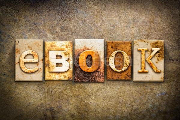 Ebook cuero palabra escrito Rusty Foto stock © enterlinedesign