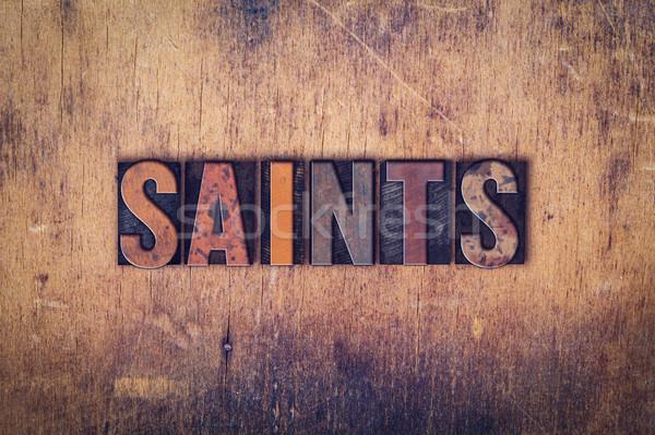 Ahşap tip kelime yazılı kirli Stok fotoğraf © enterlinedesign