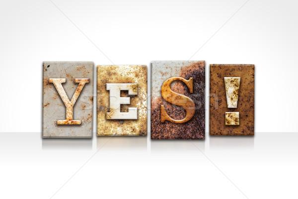 Evet yalıtılmış beyaz kelime yazılı Stok fotoğraf © enterlinedesign