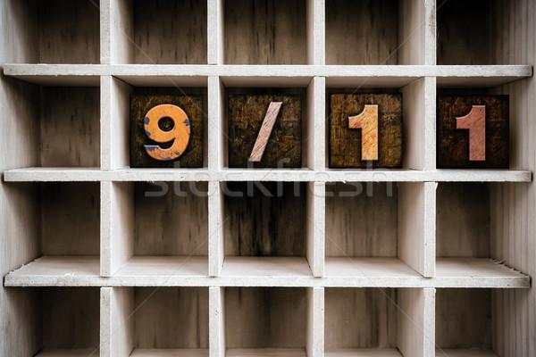 911 木製 タイプ 描画 言葉 ストックフォト © enterlinedesign