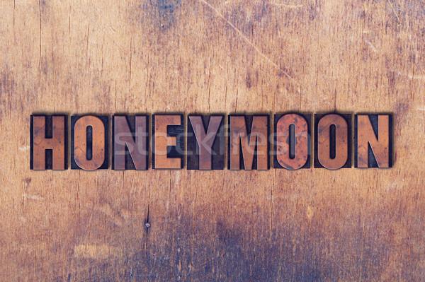 Huwelijksreis woord hout geschreven vintage Stockfoto © enterlinedesign