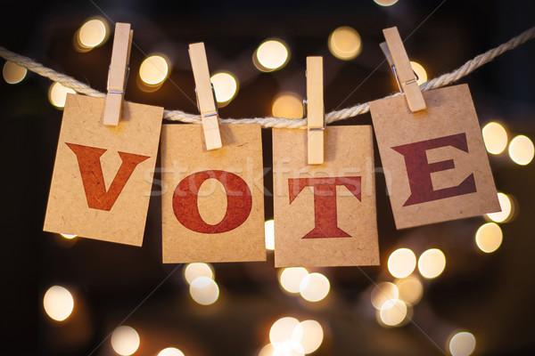 Votar cartões luzes palavra fora prendedor de roupa Foto stock © enterlinedesign