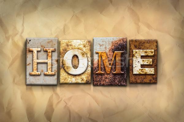 Casa enferrujado metal tipo palavra escrito Foto stock © enterlinedesign