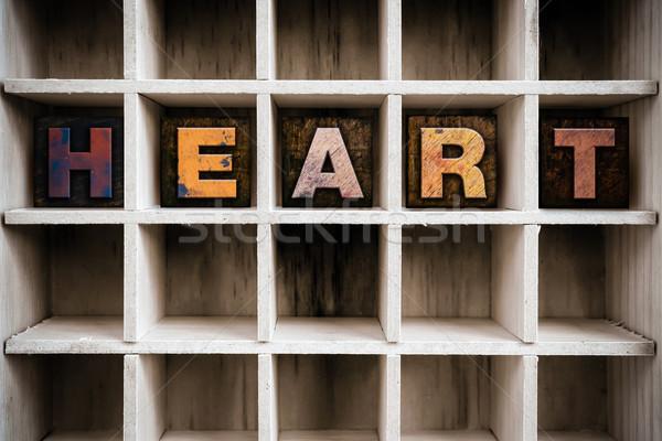 Hart houten type trekken woord Stockfoto © enterlinedesign