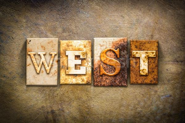 Zachód skóry słowo napisany zardzewiałe Zdjęcia stock © enterlinedesign
