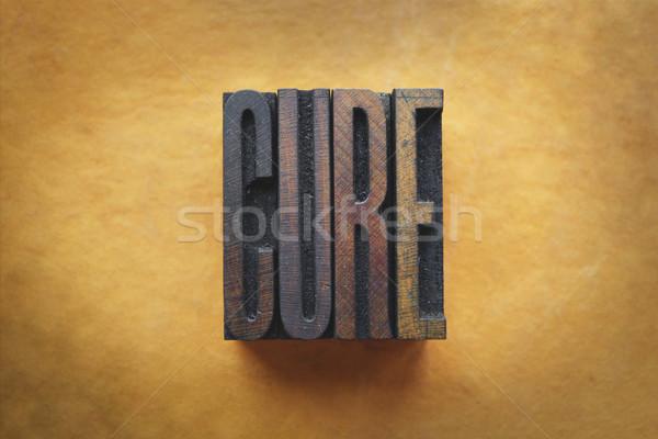 Leczyć słowo napisany vintage typu Zdjęcia stock © enterlinedesign