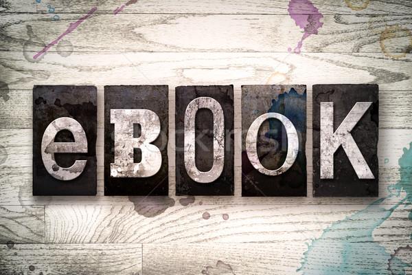 Ebook metal tipo palavra escrito Foto stock © enterlinedesign