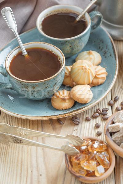Kávé kekszek kettő kék csészék feketekávé Stock fotó © Epitavi
