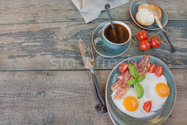 フライド 卵 ベーコン トマト トースト カップ ストックフォト © Epitavi