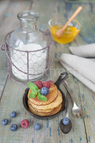 Krep karpuzu kahvaltı tava taze bal Stok fotoğraf © Epitavi
