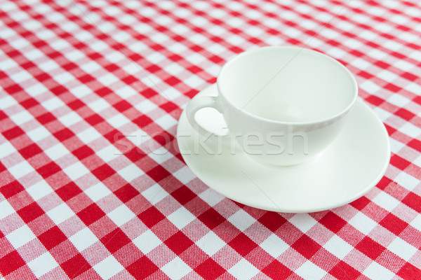 Bianco porcellana Cup vuota rosso Foto d'archivio © Epitavi
