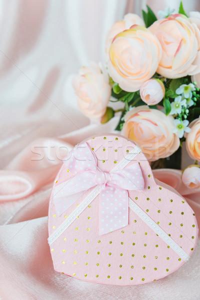 ギフトボックス ピンク 弓 シルク ファブリック ストックフォト © Epitavi