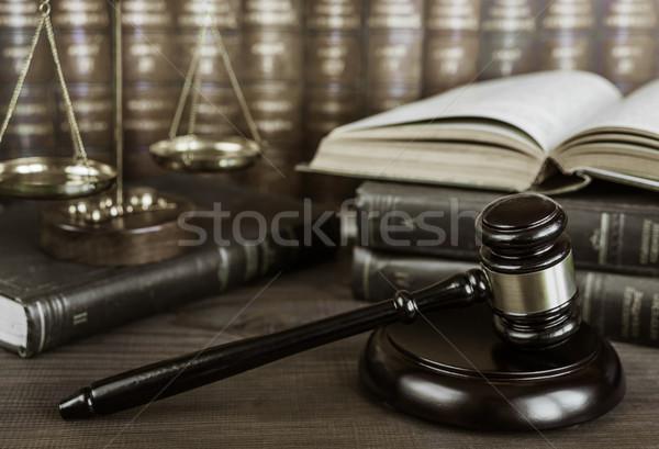 寓話 正義 木材 小槌 スケール オープン ストックフォト © Epitavi