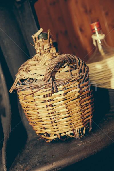 Rusztikus spanyol borászat klasszikus borító pince Stock fotó © epstock
