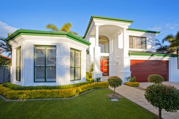 Luxe manoir maison banlieue district Photo stock © epstock