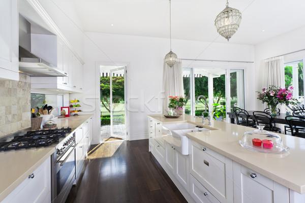Foto stock: Cocina · comedor · elegante · abierto · plan · acero · inoxidable