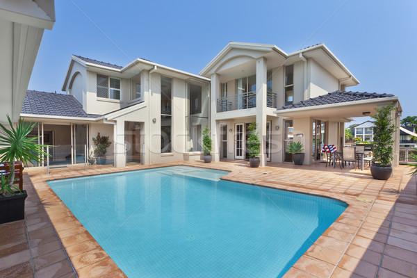 Piękna podwórko basen australijczyk dwór luksusowy Zdjęcia stock © epstock
